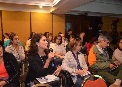 Interés de  los asistentes  con sus opiniones y consultas del caso presentado por el Grupo Oriente