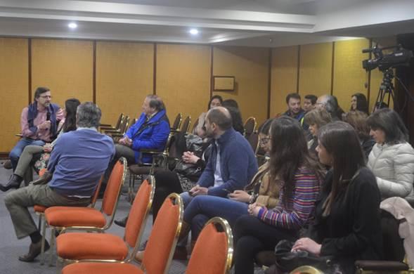 Con gran participación de los socios, a nivel presencial y vía streaming, se desarrolló la reunión clínica SOCHED de septiembre