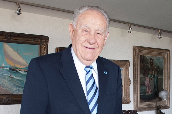 Comunicamos el sensible fallecimiento de nuestro  querido Ex Presidente y Socio  Honorario Dr. Manuel Garcia De Los Ríos Alvarez